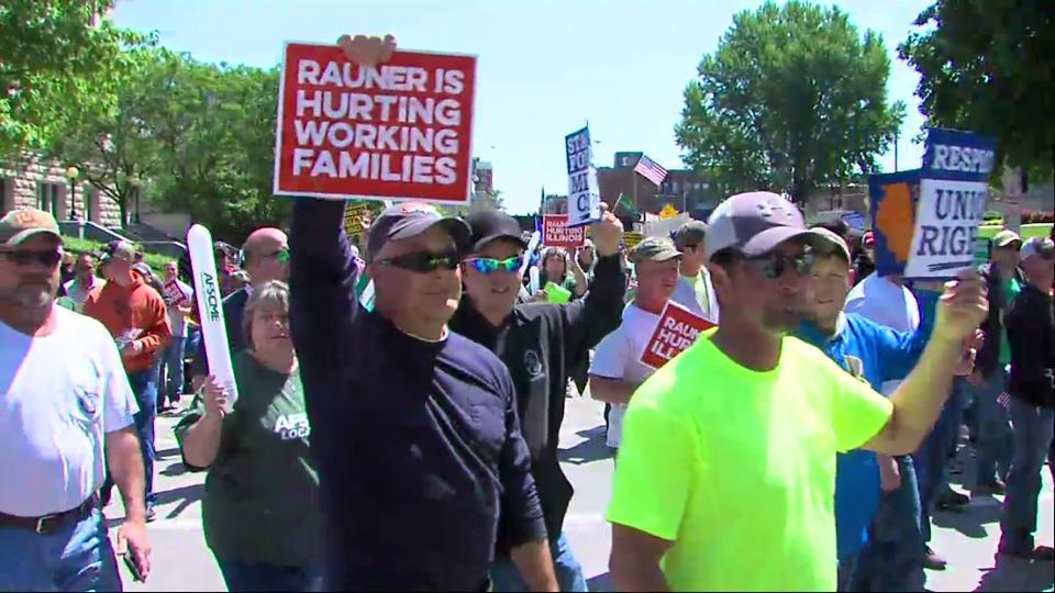 labor demonstration against Gov Rauner
